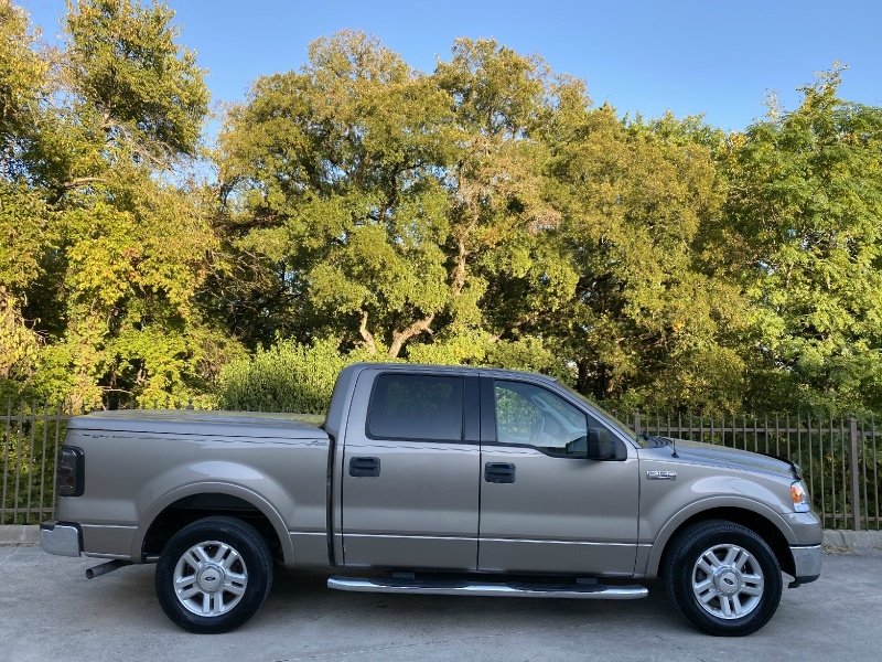 Ford F-150 2004 price $7,900