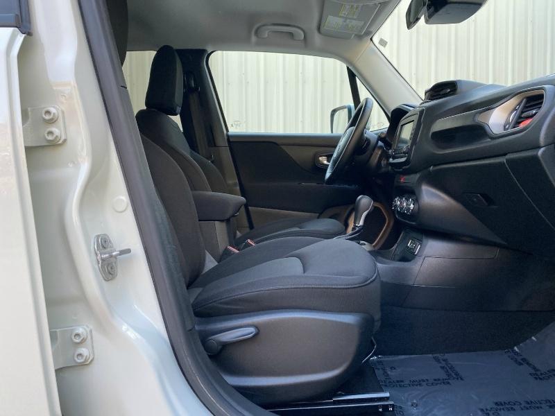 Jeep Renegade 2016 price $13,900