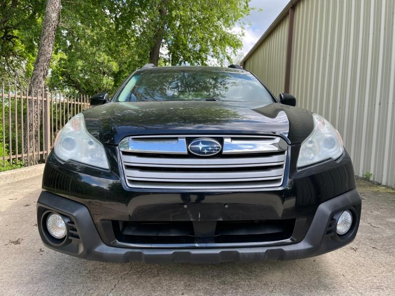 Subaru Outback 2014 price $10,900