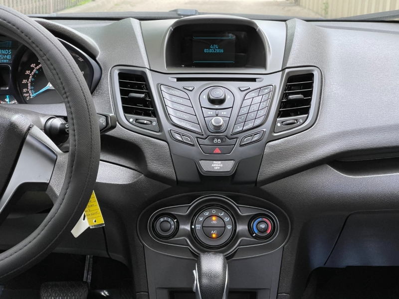 Ford Fiesta 2015 price $6,900