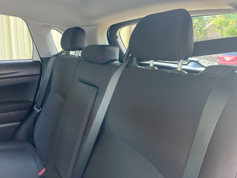 Mitsubishi Outlander Sport 2015 price $12,900