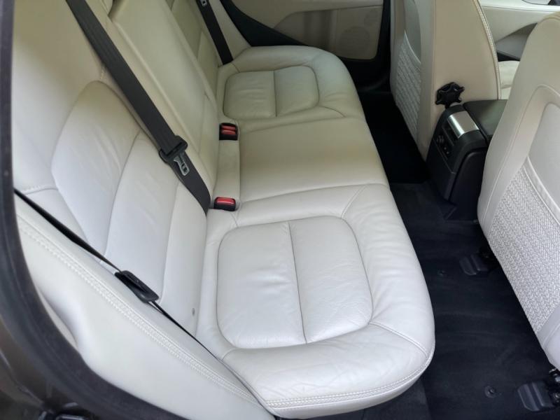 Volvo XC70 2012 price $9,900