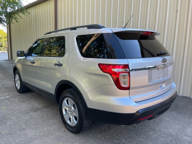 Ford Explorer 2013 price $12,900