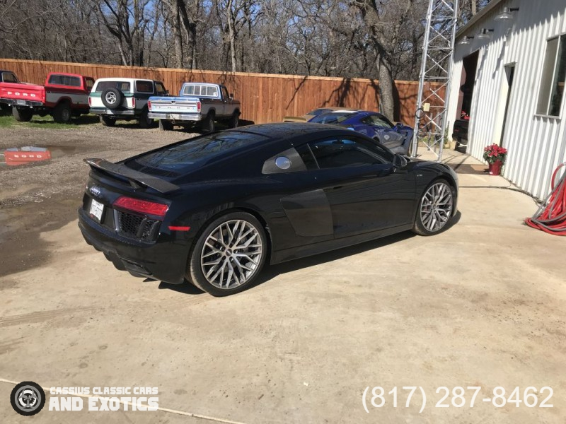 Audi R8 V10 Plus Quattro 2018 price Call for Pricing