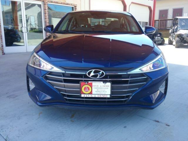 Hyundai Elantra 2019 price $15,999