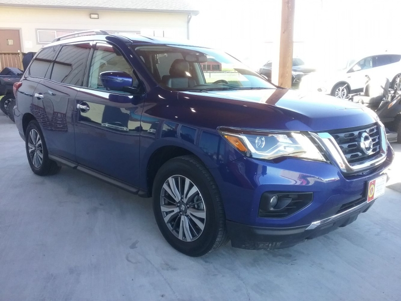 Nissan Pathfinder 2020 price $28,999