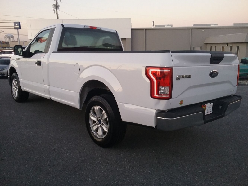 Ford F-150 2016 price $17,499