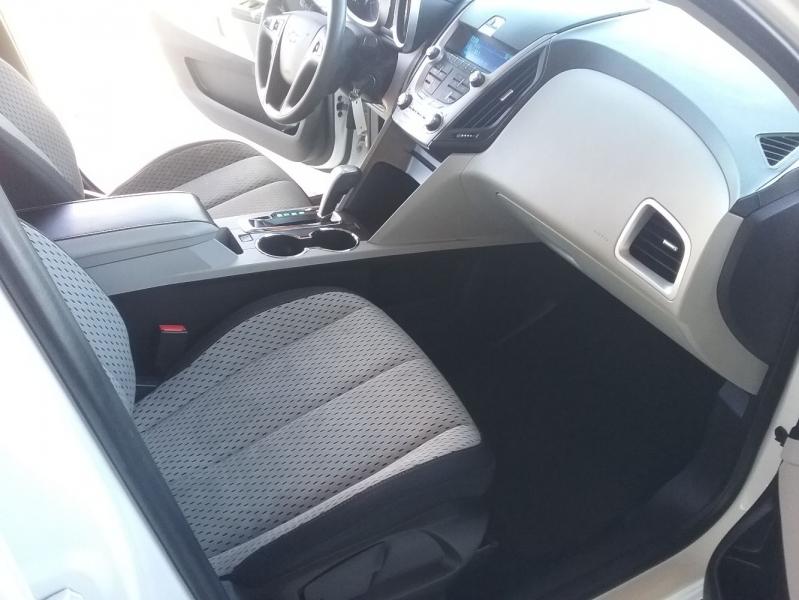 Chevrolet Equinox 2015 price $11,999