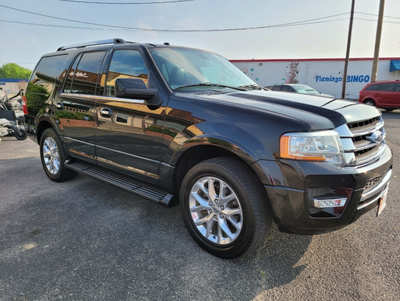 Ford Expedition 2017 price $27,999