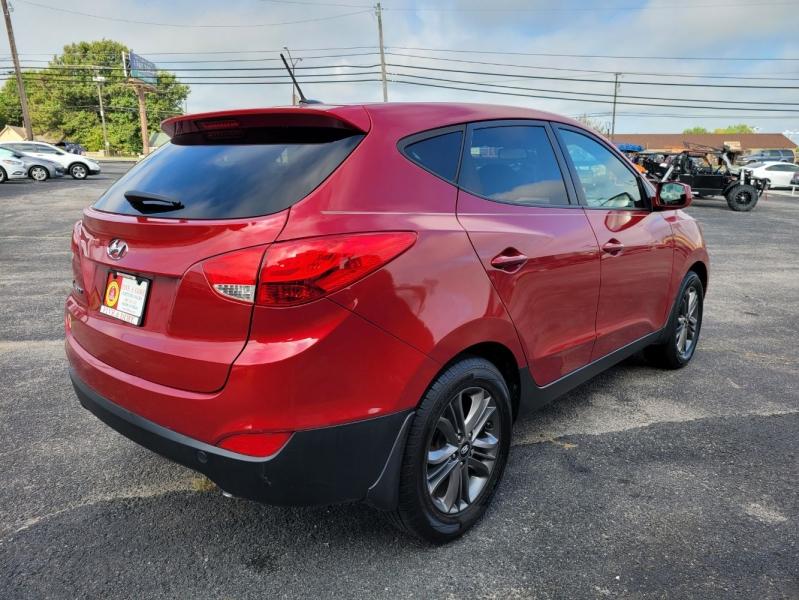Hyundai Tucson 2014 price $12,999