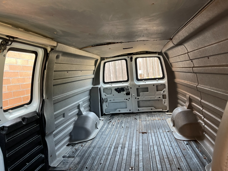 Chevrolet Express Cargo Van 2007 price $8,900