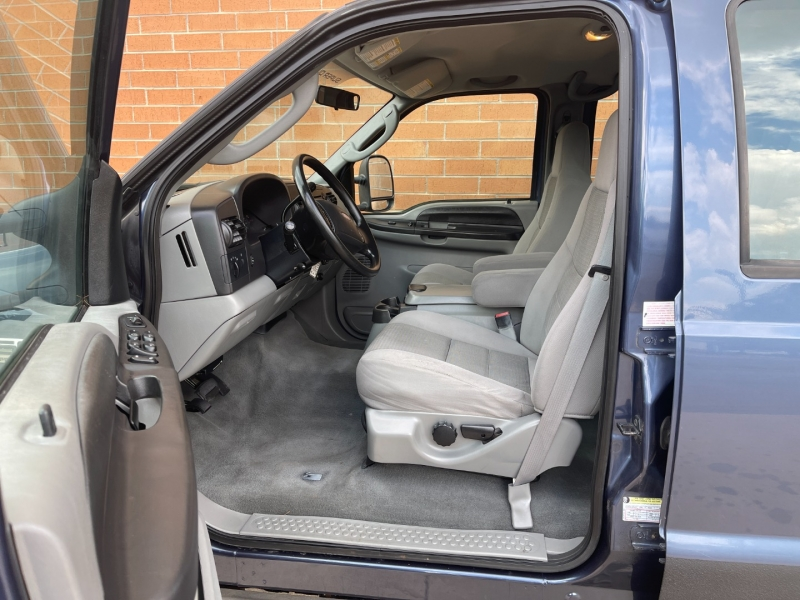Ford Super Duty F-250 2005 price $12,500