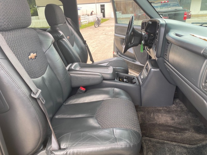 CHEVROLET AVALANCHE 2002 price $7,725