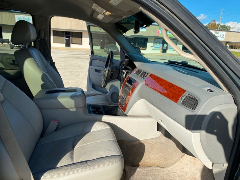 CHEVROLET AVALANCHE 2011 price $14,300