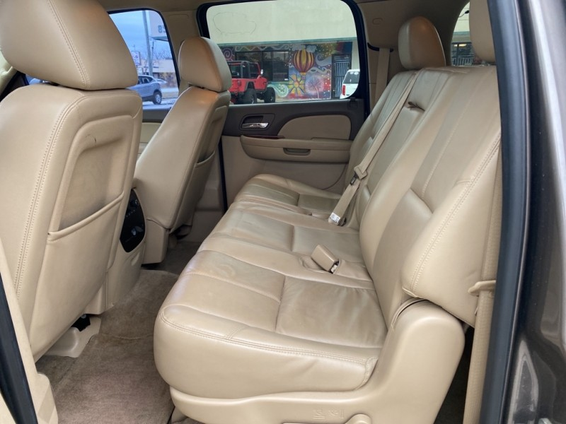 GMC YUKON XL 2013 price $15,990