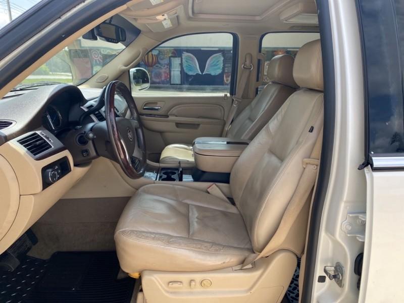 CADILLAC ESCALADE 2010 price $16,500
