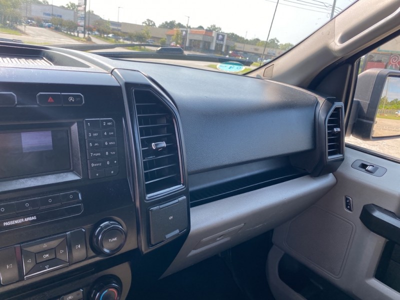 FORD F150 2015 price $20,900