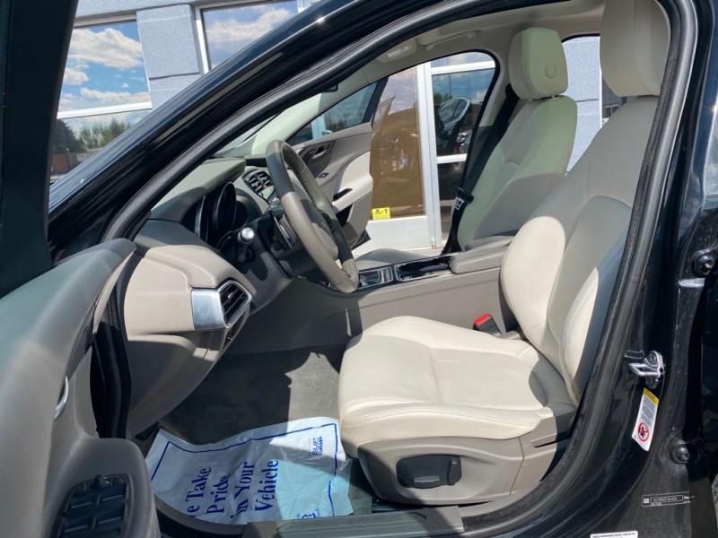 Jaguar XE 2017 price $24,670