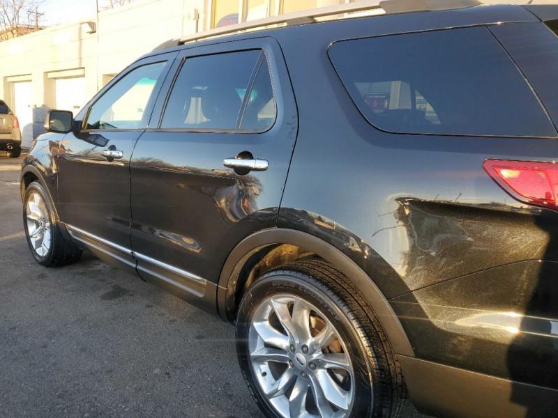 Ford Explorer 2013 price $17,880