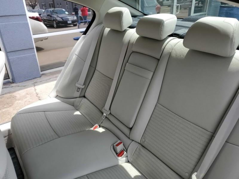 INFINITI Q50 2020 price $37,995