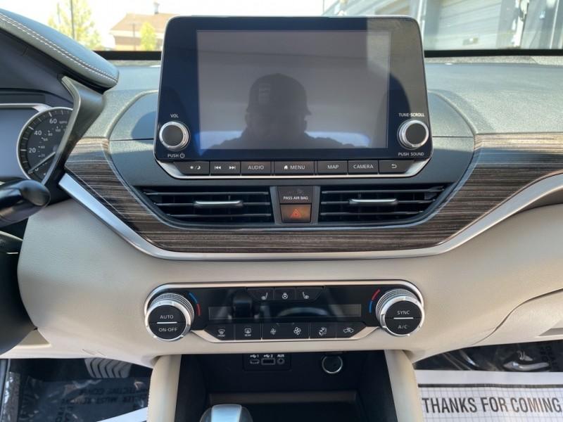 Nissan Altima 2019 price $25,885