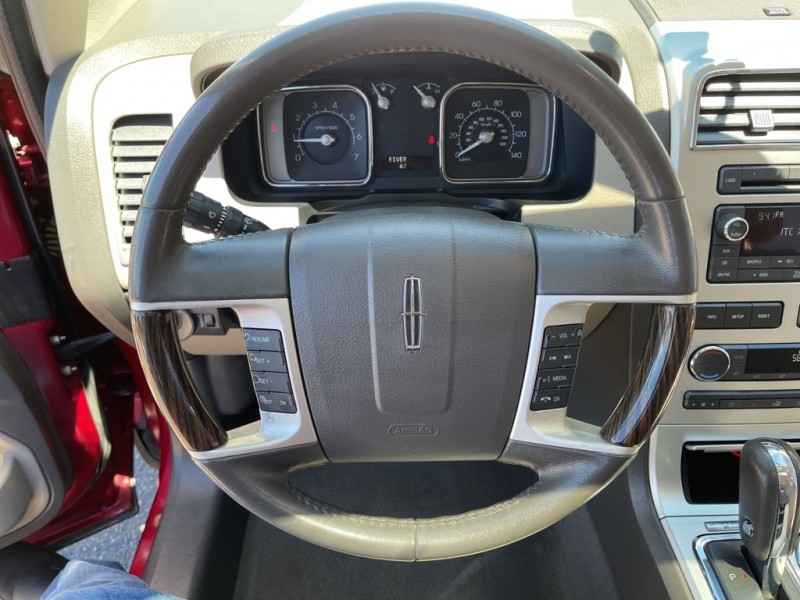 Lincoln MKX 2009 price $10,690