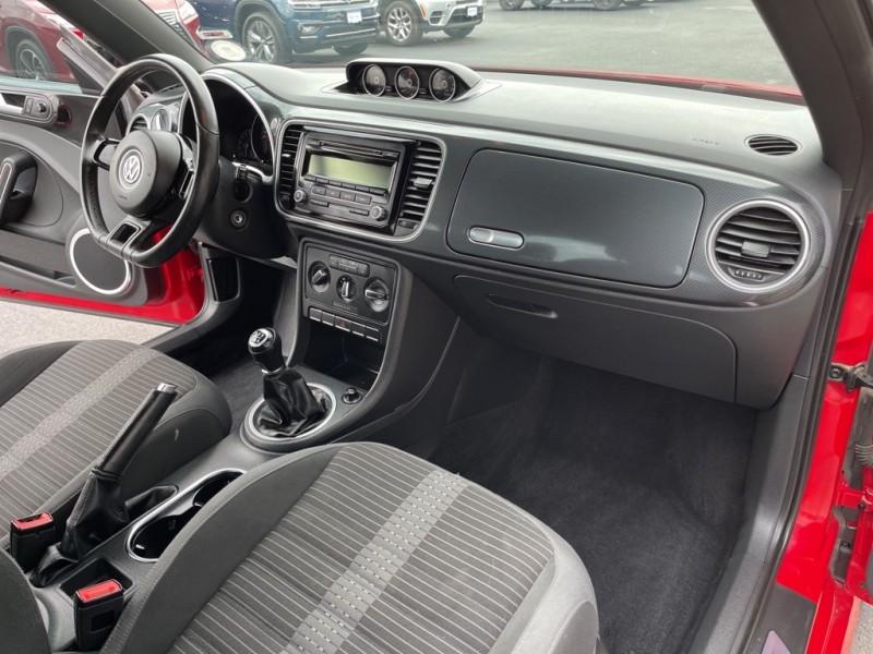 Volkswagen Beetle 2012 price $14,990