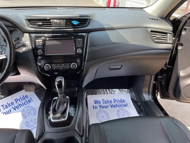 Nissan Rogue 2017 price $21,590