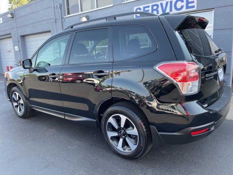 Subaru Forester 2018 price $25,990