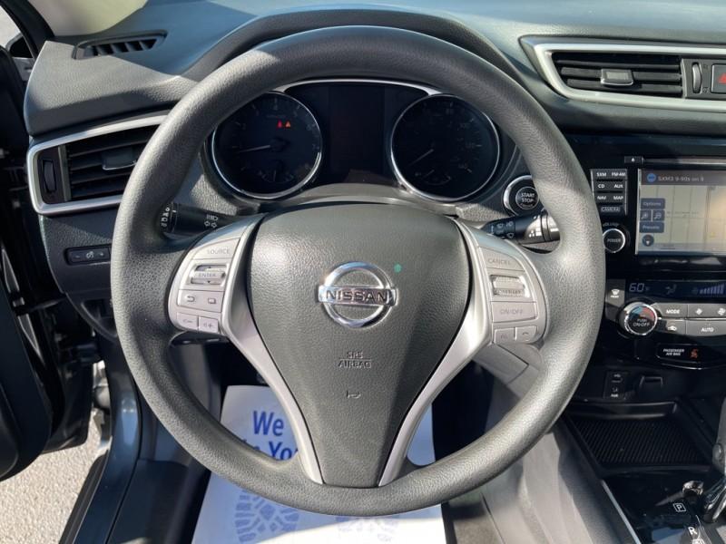 Nissan Rogue 2015 price $15,500