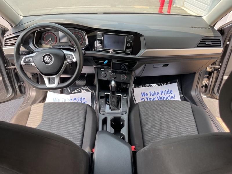 Volkswagen Jetta 2019 price $19,990