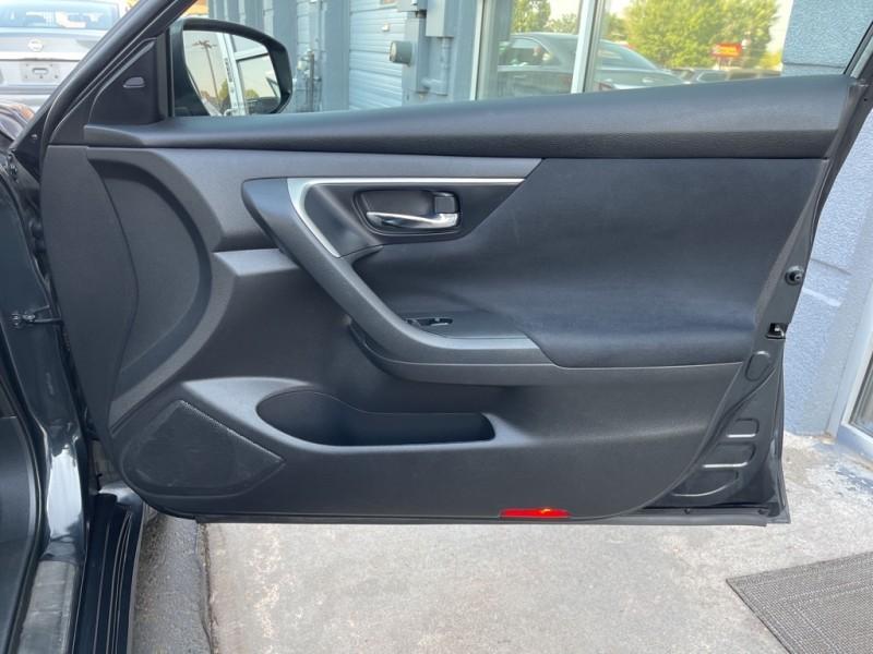 Nissan Altima 2015 price $14,990