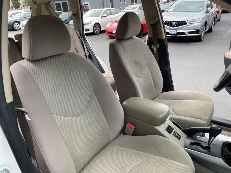 Toyota RAV4 2007 price $8,990