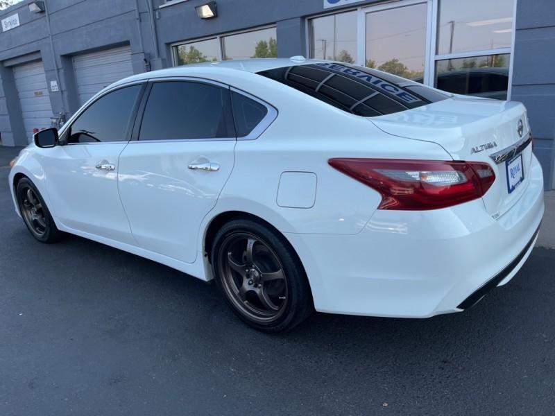 Nissan Altima 2018 price $18,990