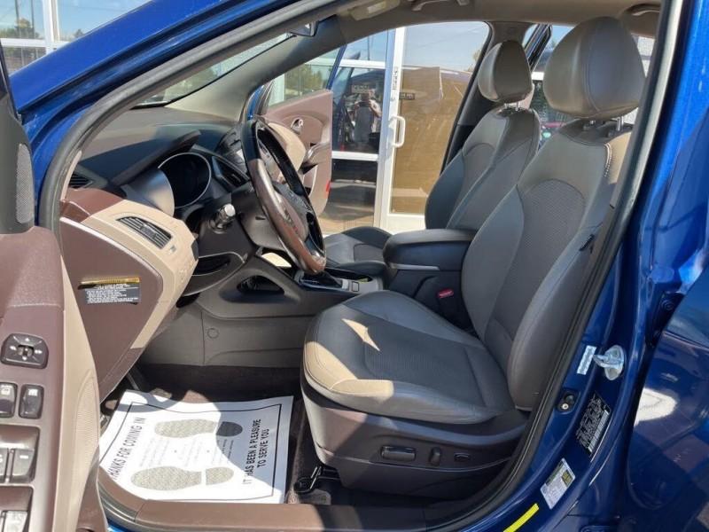 Hyundai Tucson 2015 price $11,550