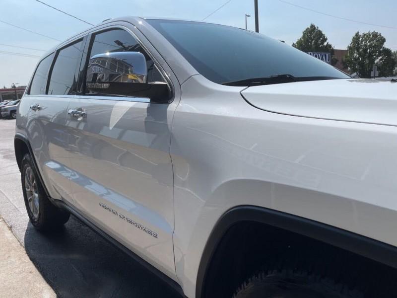 Jeep Grand Cherokee 2016 price $28,990