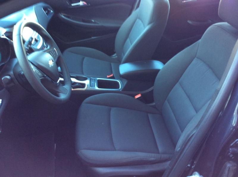 Chevrolet Cruze 2016 price $12,999