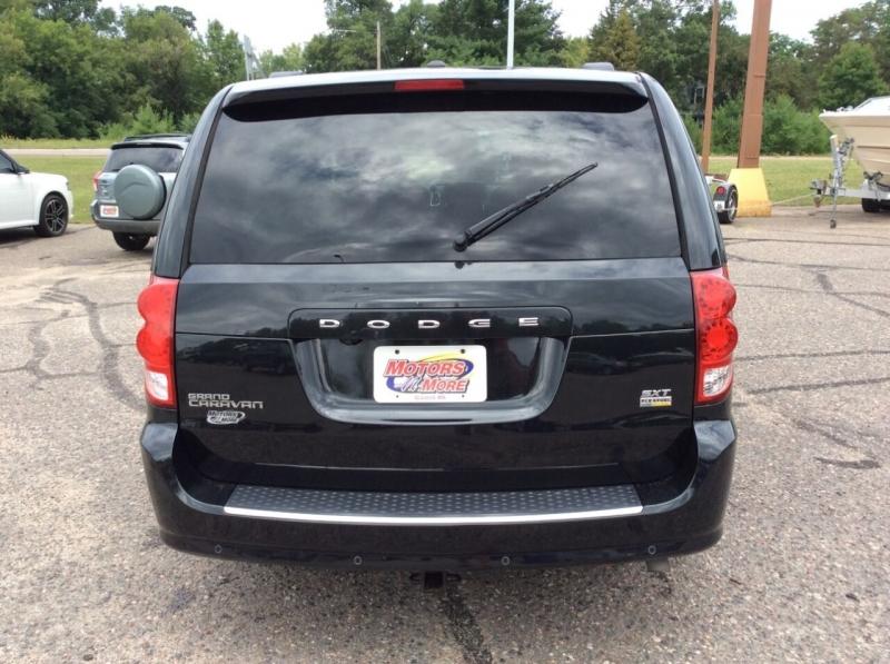 Dodge Grand Caravan 2017 price $14,895
