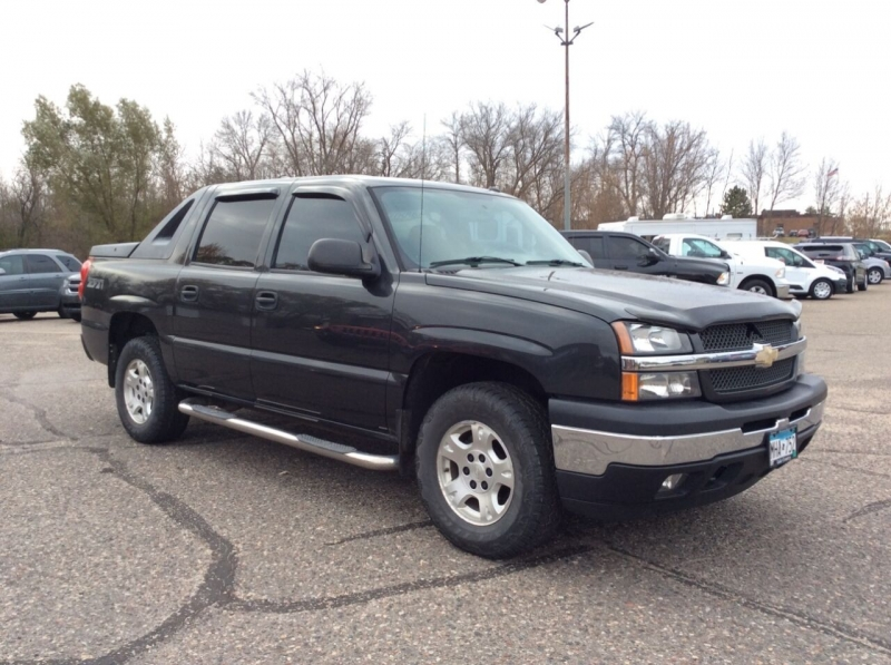 Chevrolet Avalanche 2005 price $7,895
