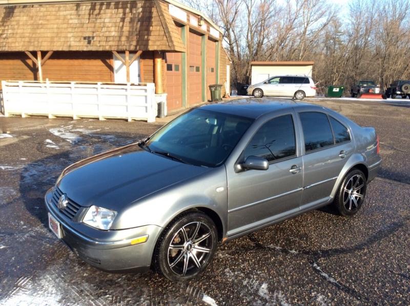 Volkswagen Jetta 2004 price $3,595