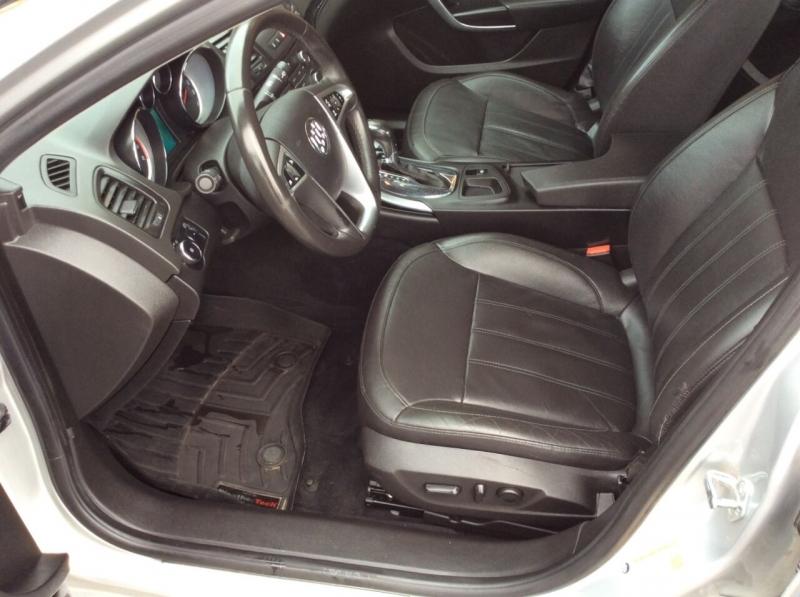 Buick Regal 2011 price $5,987