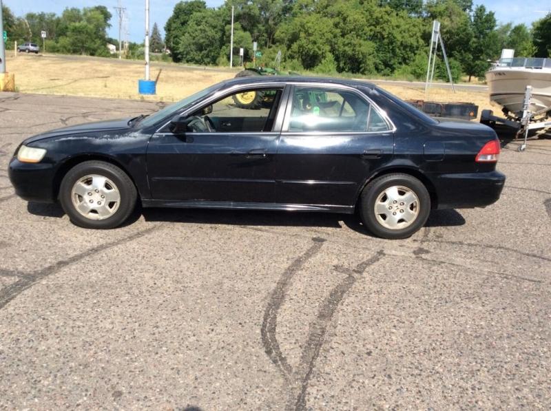 Honda Accord 2002 price $1,995