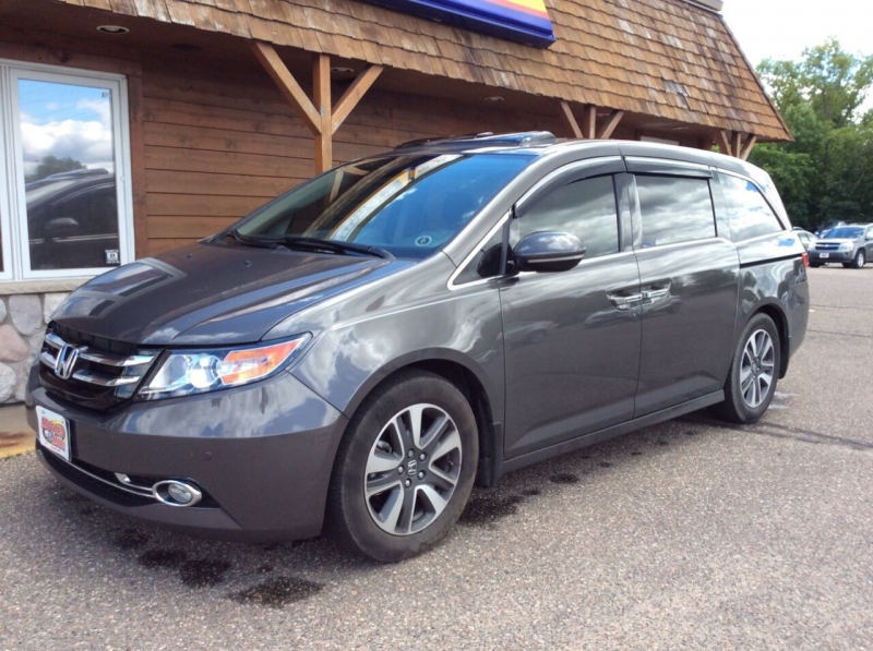 Honda Odyssey 2015 price $28,987