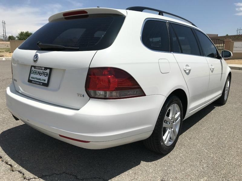 Volkswagen Jetta Wagon 2012 price $11,500