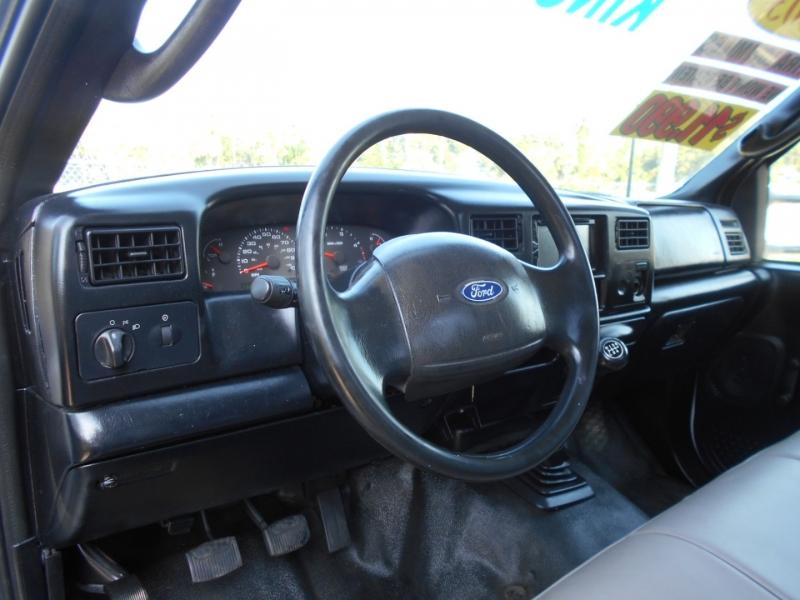 Ford Super Duty F-550 DRW 2003 price $9,999