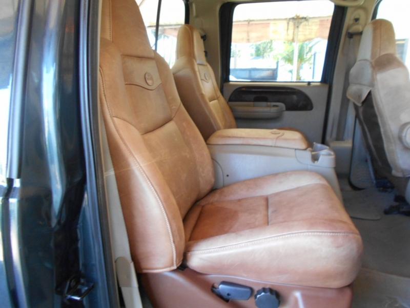Ford Super Duty F-250 2007 price $17,999