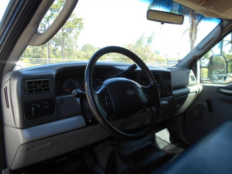 Ford Super Duty F-550 DRW 2004 price $0