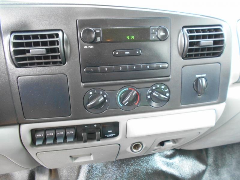 Ford Super Duty F-450 DRW 2006 price $25,999