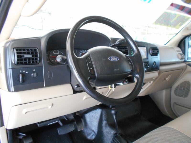 Ford Super Duty F-350 SRW 2007 price $16,999