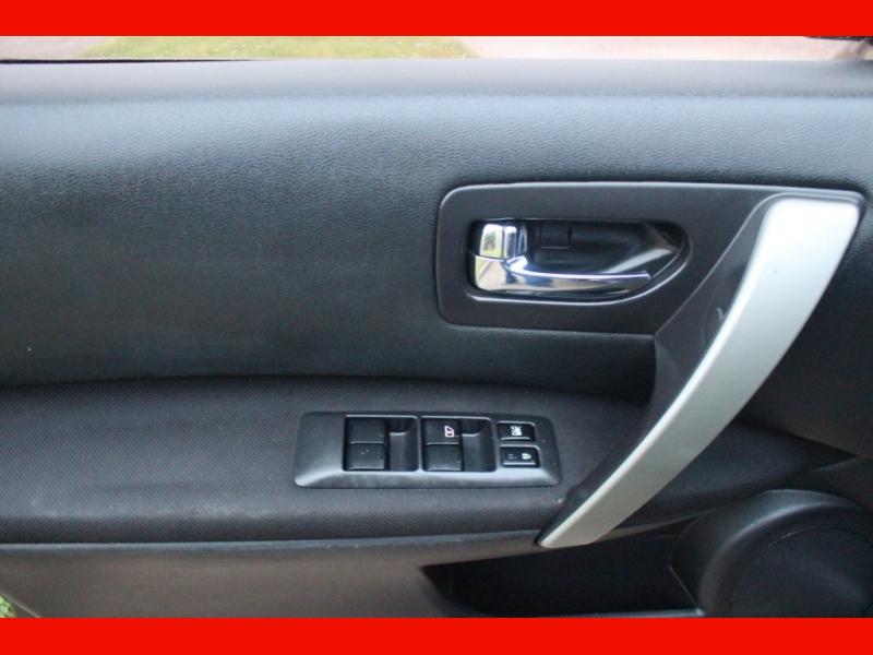 Nissan Rogue 2010 price $5,699